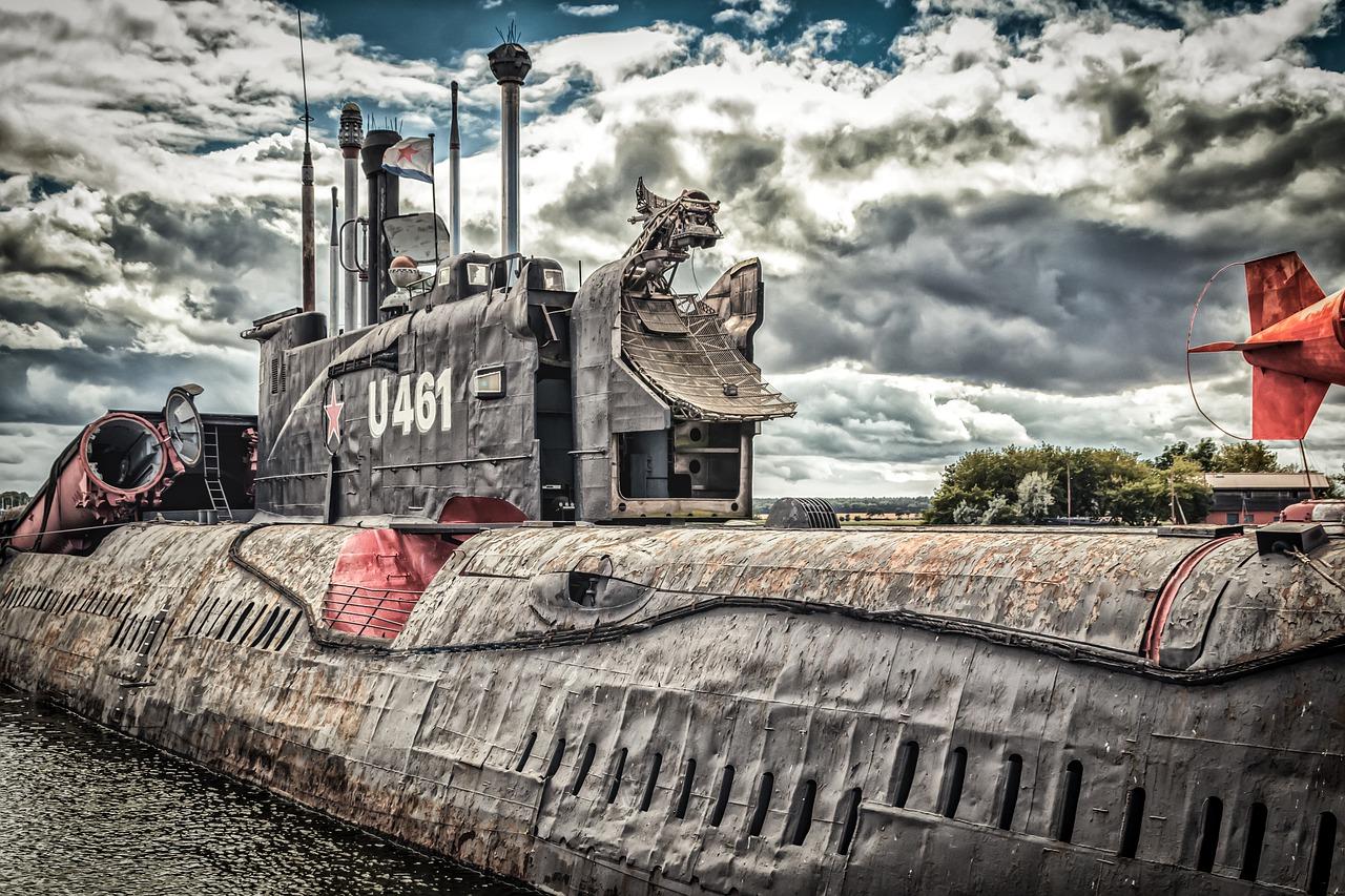 1986 sank ein russisches U-Boot mit 27 Nuklearraketen (und explodierte)