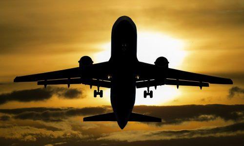 EasyJet kompensiert CO2-Emissionen aller Flüge