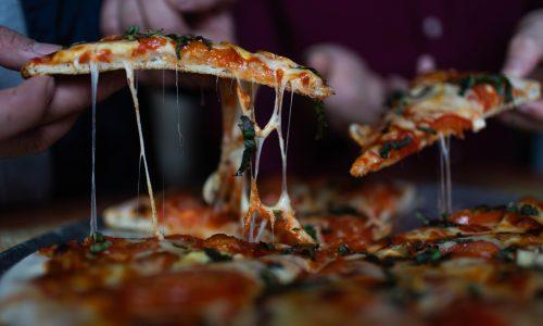Gründer von Pizzarestaurant isst 40 Pizzen in 30 Tagen