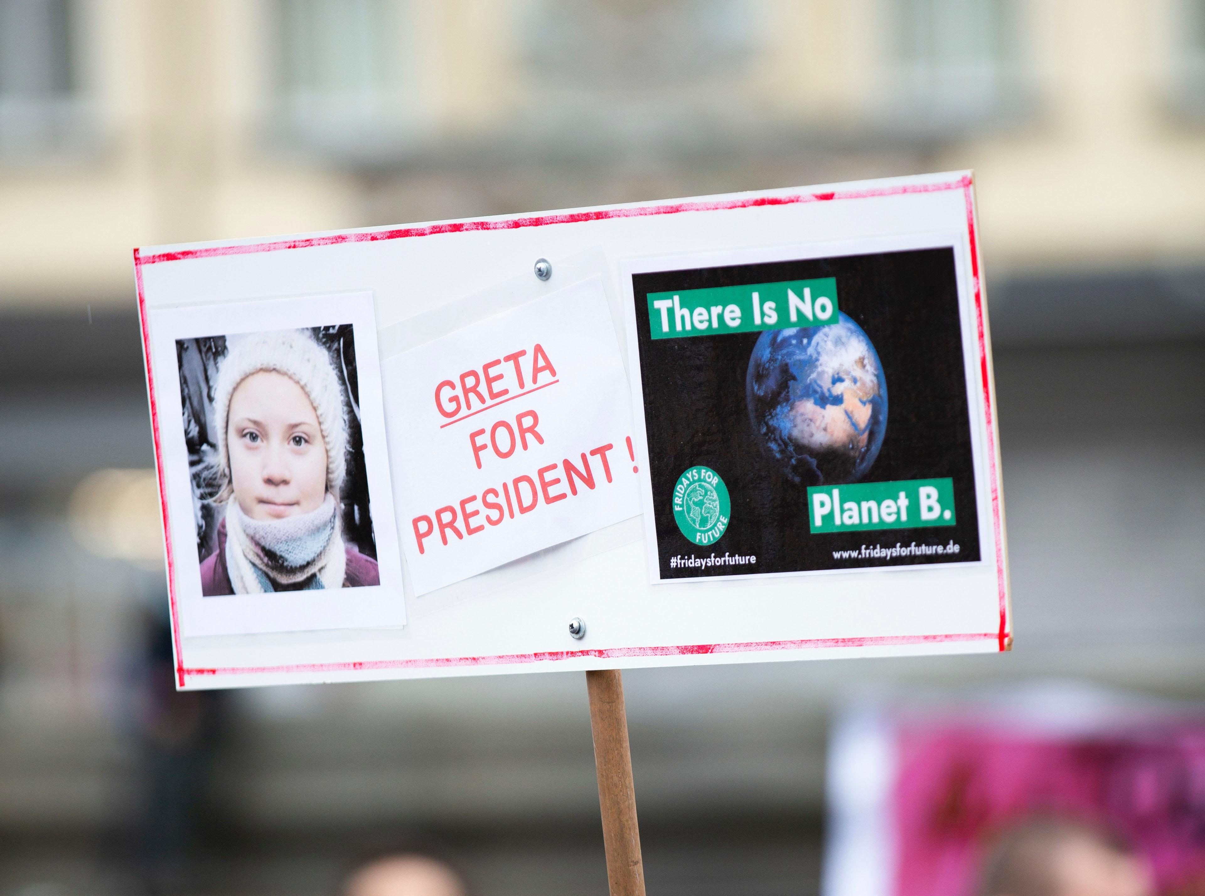 Greta Thunbergs Schwester will große Karriere starten