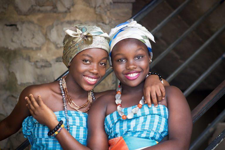Sierra Leone: Verbot von schwangeren Schülerinnen aufgehoben