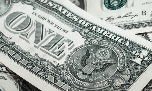 Festgenommen: Dieb postete Fotos von Geldstapeln in Sozialen Netzwerken