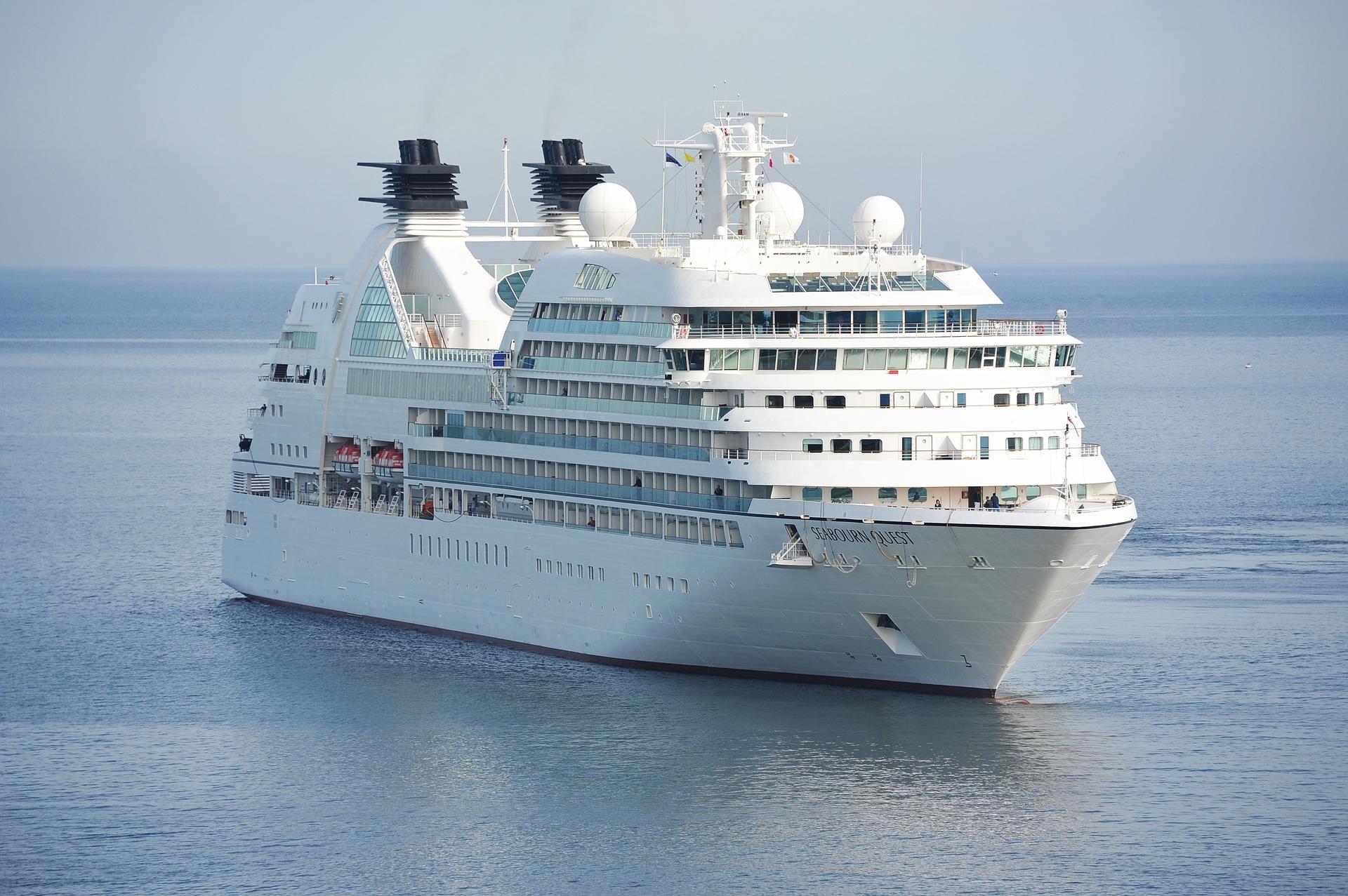 Großer Schaden: Zwei Kreuzfahrtschiffe kollidiert