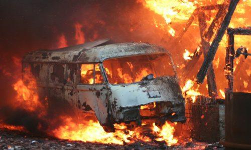 Mindestens 24 Tote bei Busunglück in Indonesien