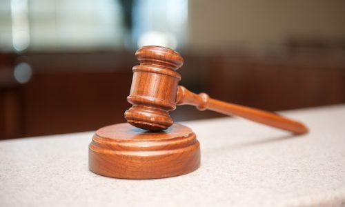 15-Jähriger: Strafe nach homophoben Gesten
