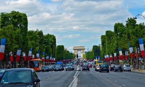 Frankreich: Rentenreform wird trotz großer Proteste vollzogen