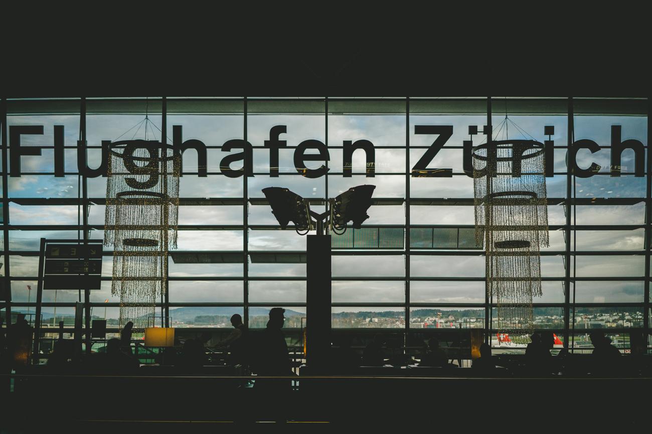 Flughafen Zürich: Klimademo fordert Flugverzicht