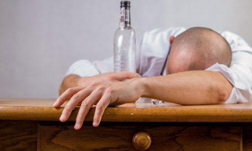 US-Politiker fährt betrunken, nachdem er warnt, nicht betrunken zu fahren
