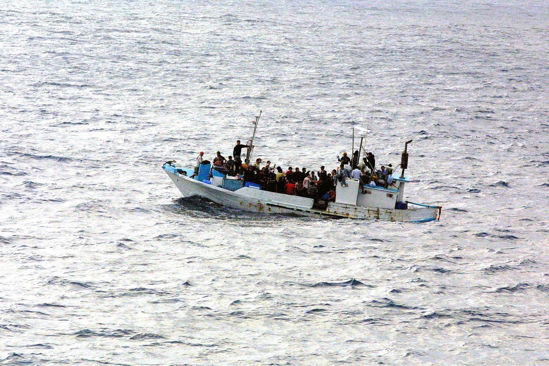 Video: Türkische Küstenwache rammt Flüchtlingsboot