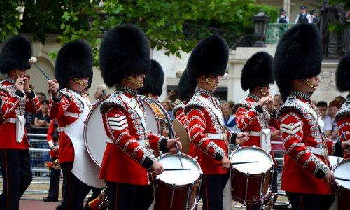 Knalleffekt: Mitglieder treten aus britischer Königsfamilie aus