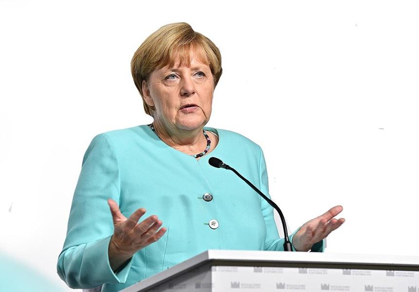 """Hillary Clinton: """"Ich verehre Angela Merkel – sie wird uns fehlen"""""""