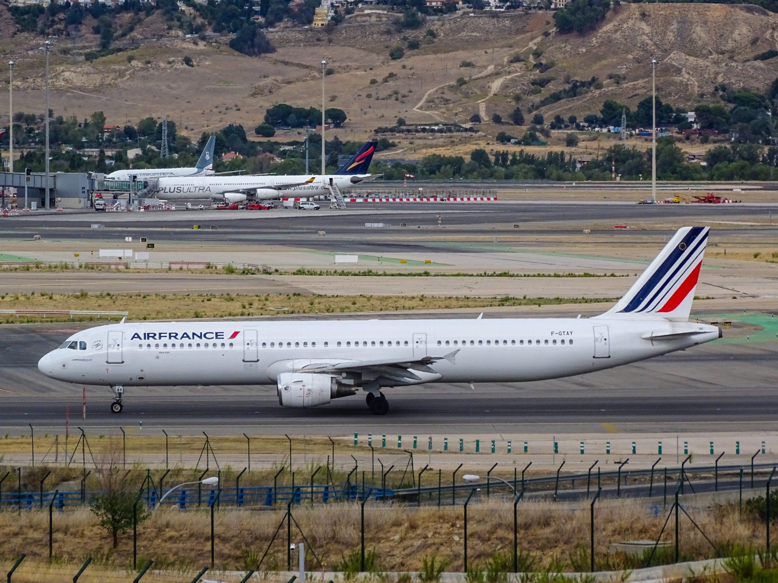 Paris: Blinder Passagier tot in Bauch von Flugzeug gefunden