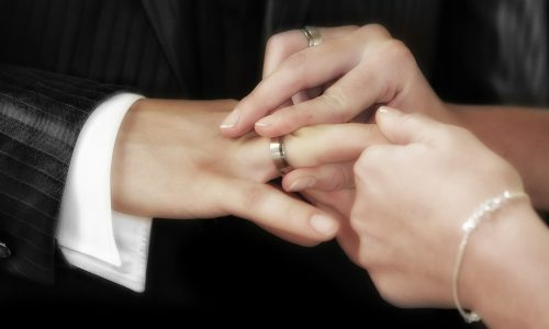 Church of England: Sex nur für verheiratete, heterosexuelle Paare