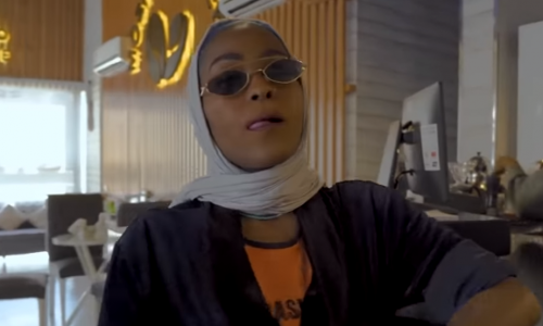 "Saudi Arabien: Rapperin soll wegen ""Mecca Girl""-Video bestraft werden"