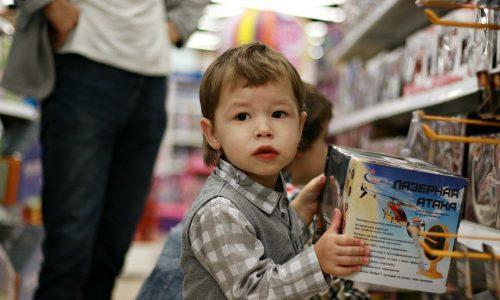 Wegen Coronavirus: Supermärkte sperren Kinder aus