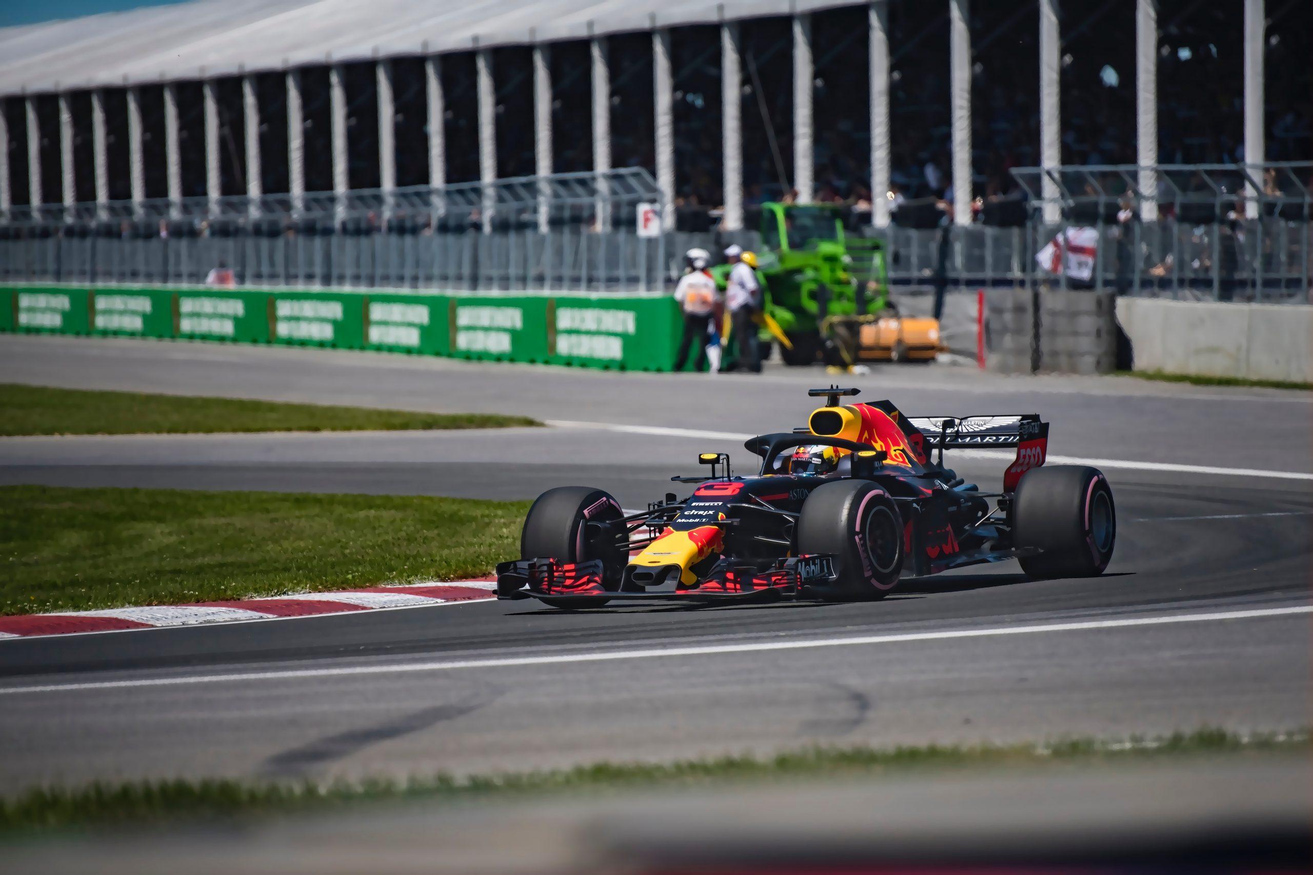 Coronavirus: Red Bull-F-1-Boss forderte die Fahrer des Teams auf, sich anzustecken