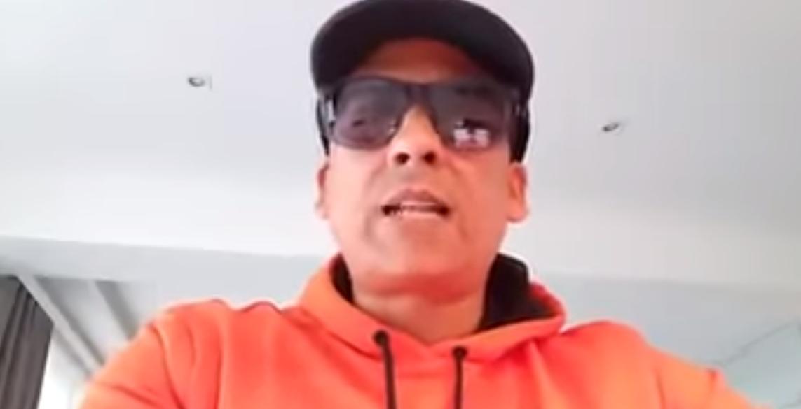 Im Video: Xavier Naidoo singt gegen Flüchtlinge