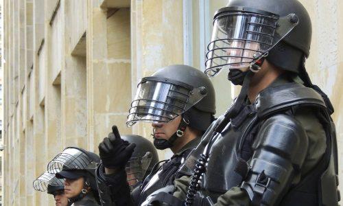 Türkei schickt Spezial-Polizei an griechische Grenze