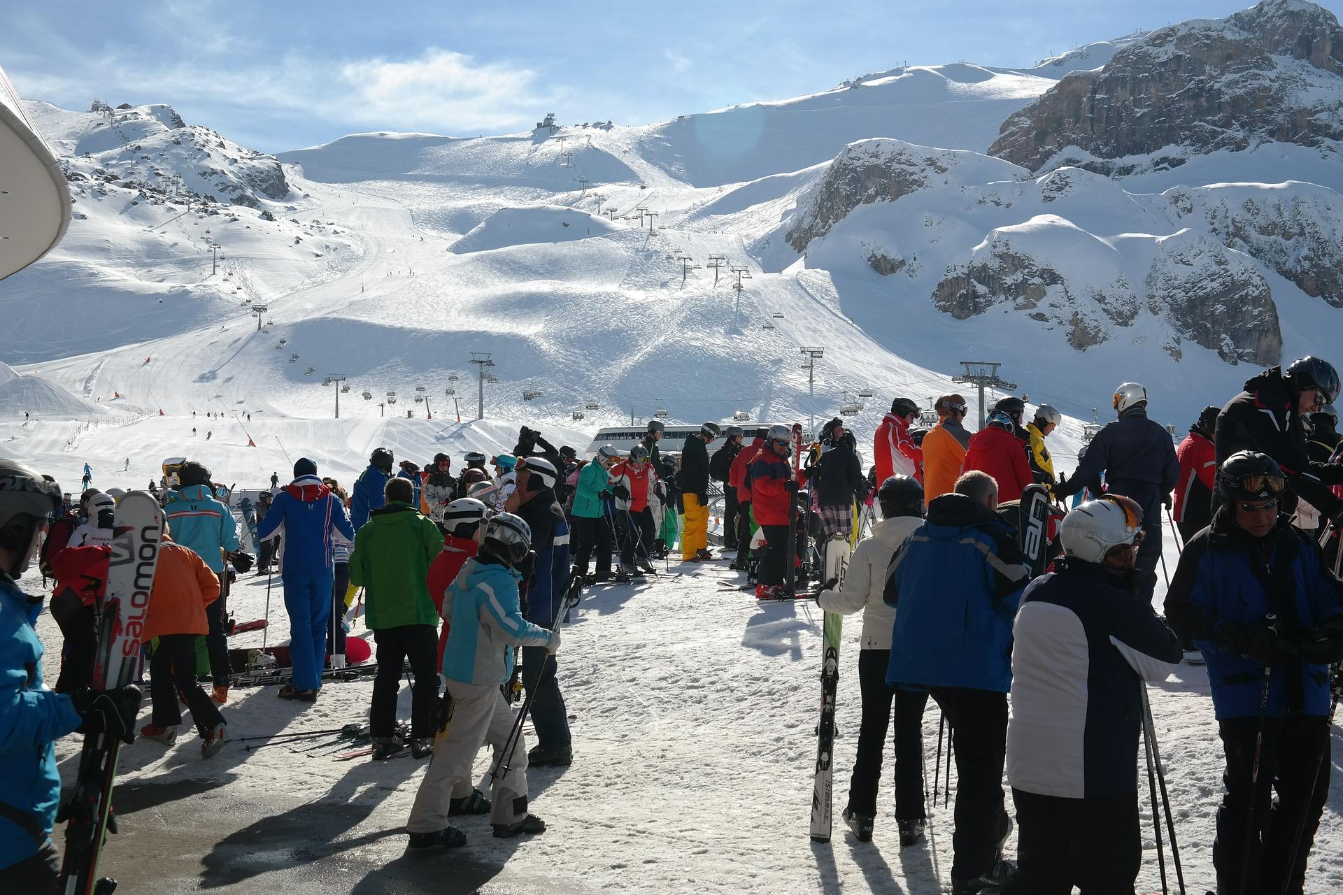 Brisanter SMS-Verkehr bringt Tiroler Seilbahner und Touristiker unter Druck