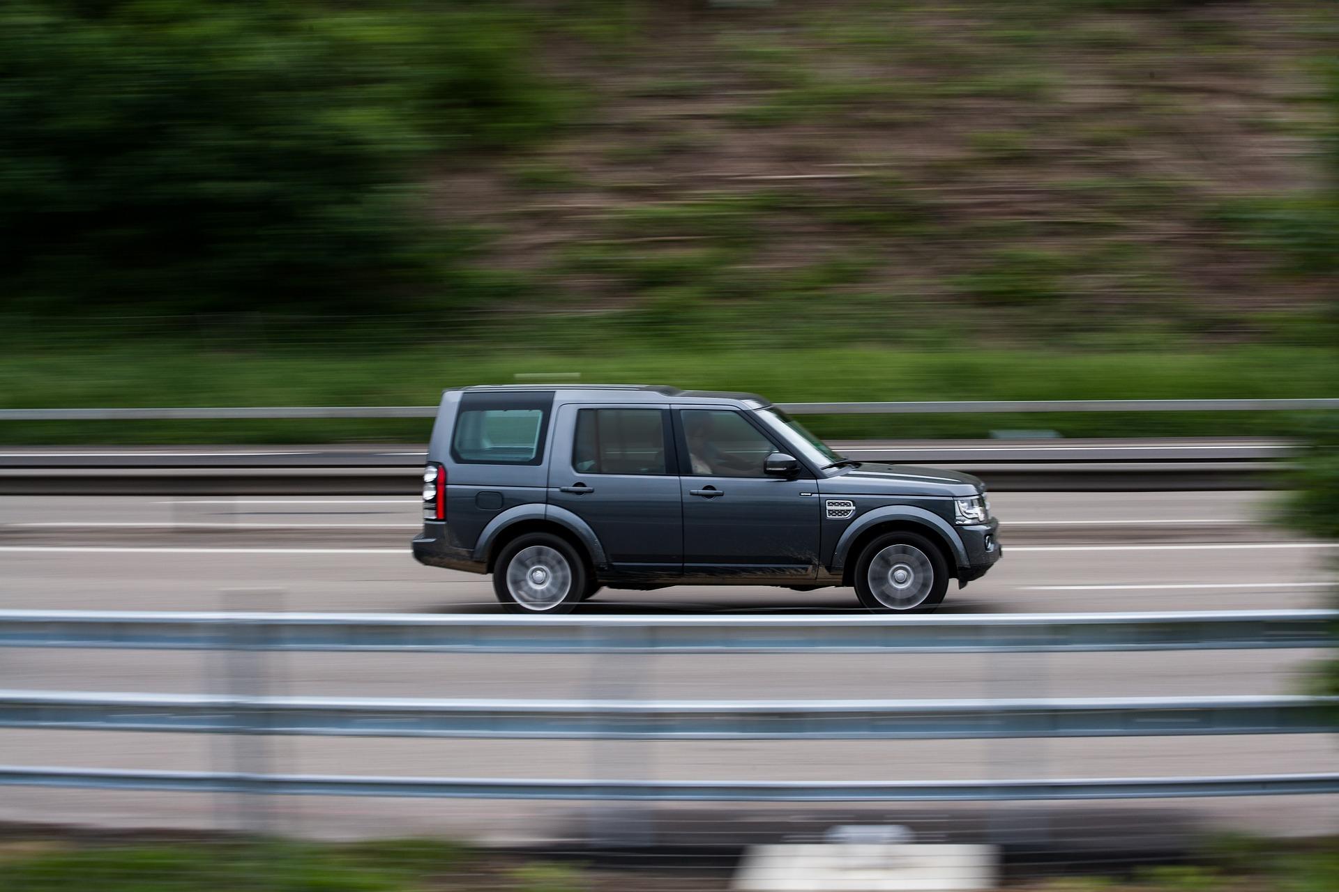 In Deuschland gibt es nun 27-mal mehr SUVs als Elektroautos