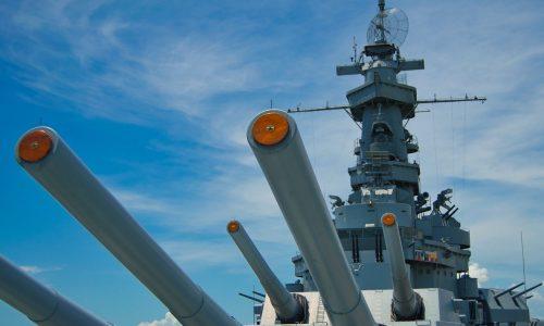 Sieben russische Kriegsschiffe im Ärmelkanal beschattet