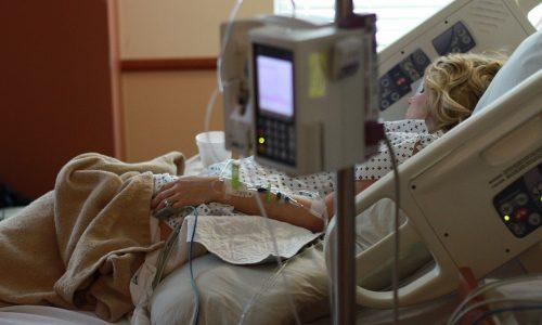 Deutschland: Nicht genug Intensivbetten bei steigender Sterblichkeitsrate