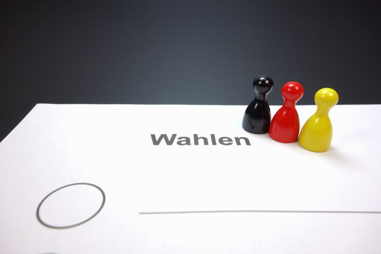 Umfrage: CDU/Grüne wäre Deutschlands stärkste Koalition
