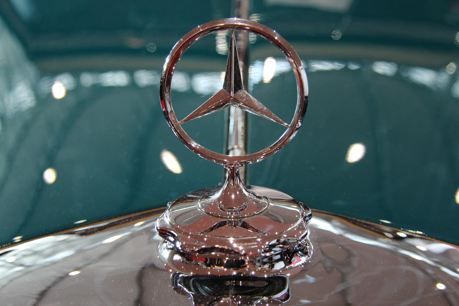 Wegen Coronakrise: Daimler-Vorstände verzichten auf Teil ihres Gehalts