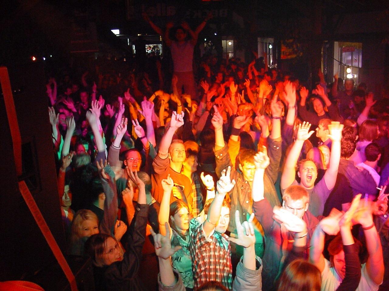 Party-Tour: Studenten infizierten sich mit Coronavirus
