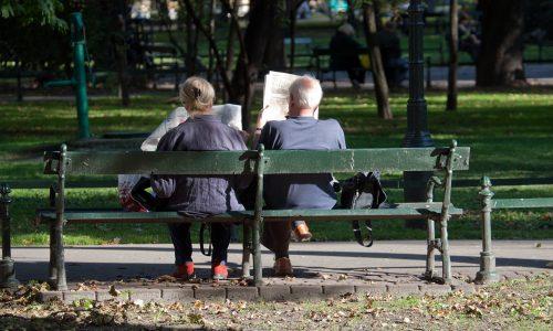 Kaffee auf Parkbank kostet 500 Euro Strafe