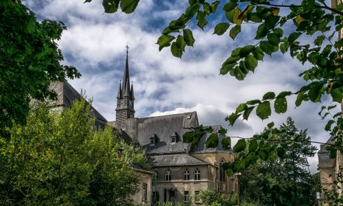 Sexueller Missbrauch und Gewalt: Schwere Vorwürfe gegen katholisches Heim bei München