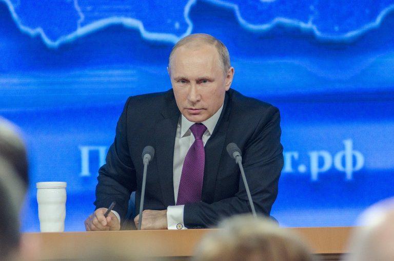 Russland: Putin holt bei Volksabstimmung Mehrheit für Reformen