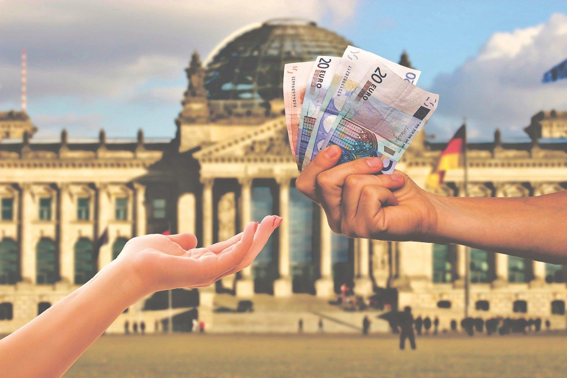 Wirtschaftsminister: Keine deutsche Steuererhöhung während Corona-Krise